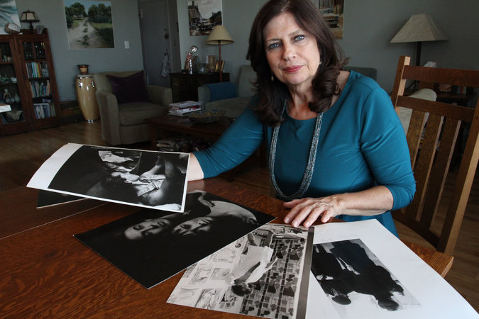 Jaye Smith's mother, Carol Carlisle, collected hundreds of photos over her career as a photographer and managing editor of Popular Photography.     Credit Tina Fineberg for The New York Times
