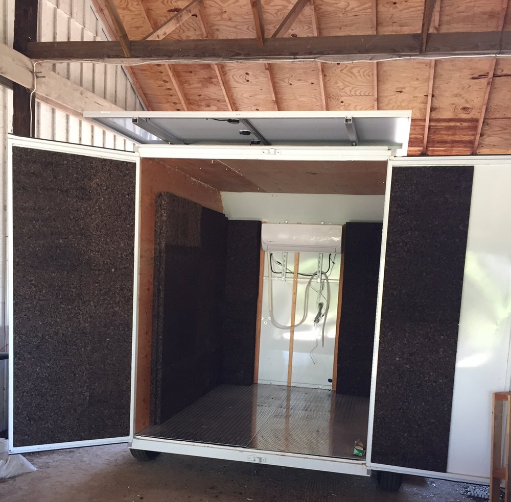ThermaCork Insulation. Project: Solar Cooler by  Veggie Rescue .