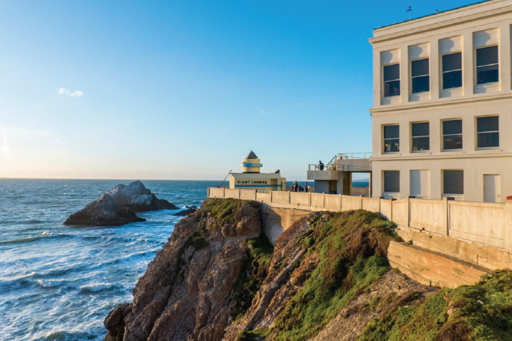 The Cliff House  Restaurant offering a casual fun afternoon or an elegant evening out