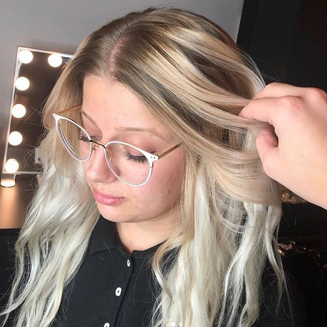 Melting into Fall 😍 Loving these soft blended blonde tones we were able to achieve by refreshing her balayage with my favorite @redken lightener, blending beautifully into her natural roots. Performed By Sharon Daniel Salon Professional Stylist Emily