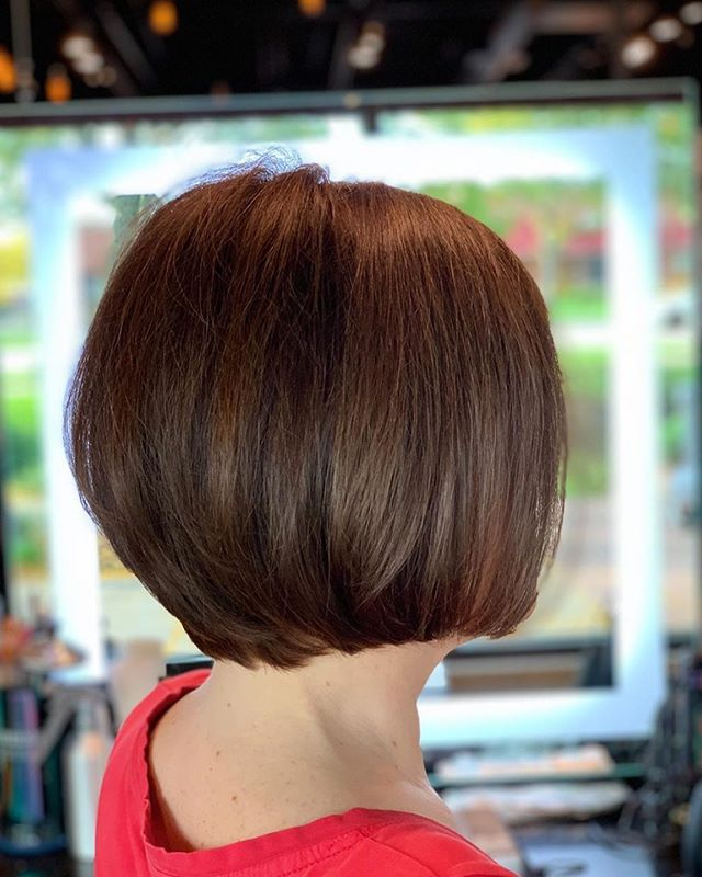 'Take me back to my roots' Christine wanted to leave her brighter hair behind & take a step into the dark side again! Of course @redken was my helping hand for conditioning while deepening her look! Come be my guest in the salon & get a new look for fall! 🍂Performed By Professional Stylist Daylie @dayliesds