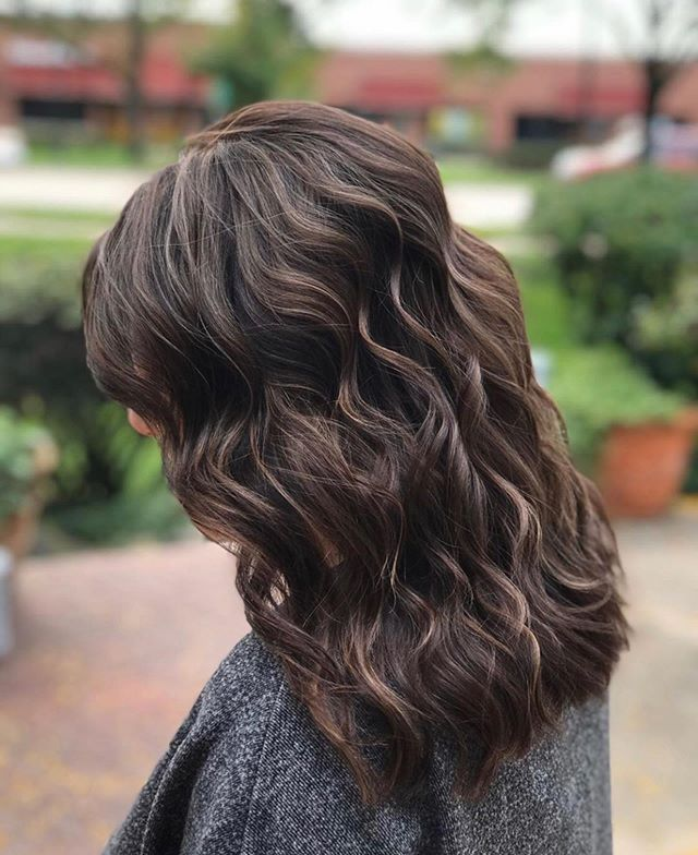 """Theres just something so beautiful about a rich mocha blended in with bright dimension."" Performed By Sharon Daniel Salon Professional Stylist Audrey @audreysds"