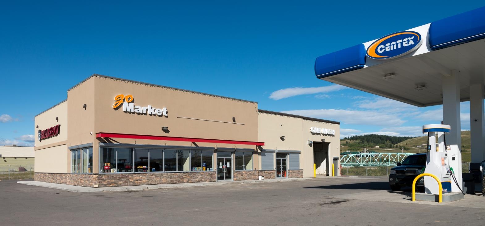 Bearspaw Retail Centre 01.jpg