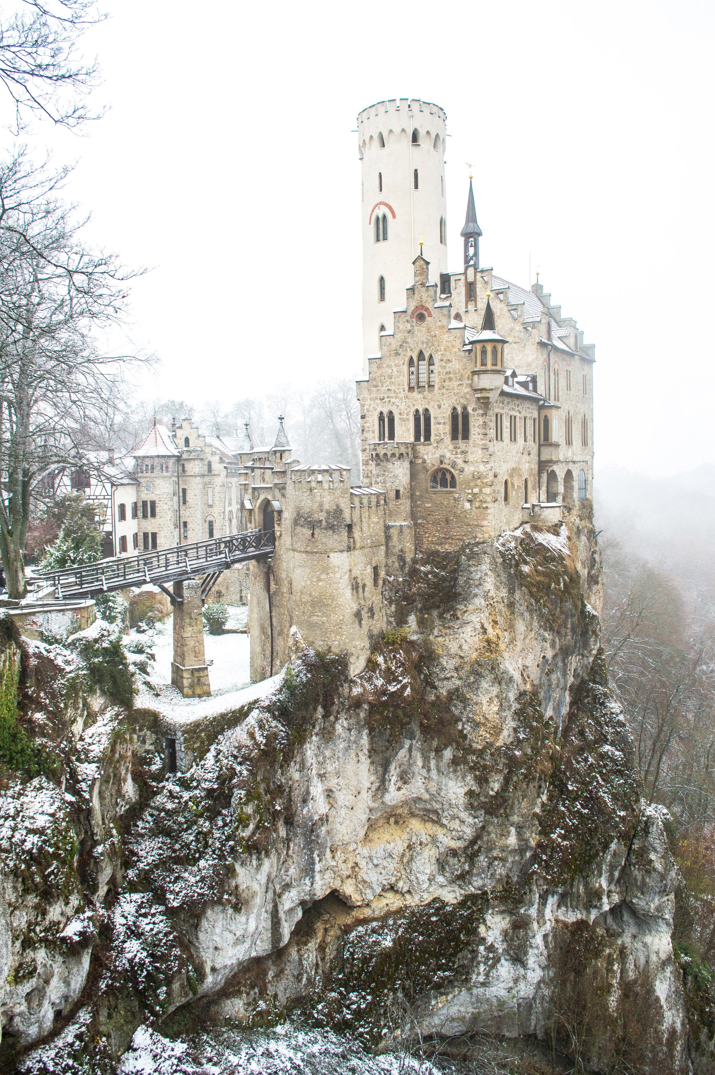 Lichtenstein Castle 4 pr.jpg