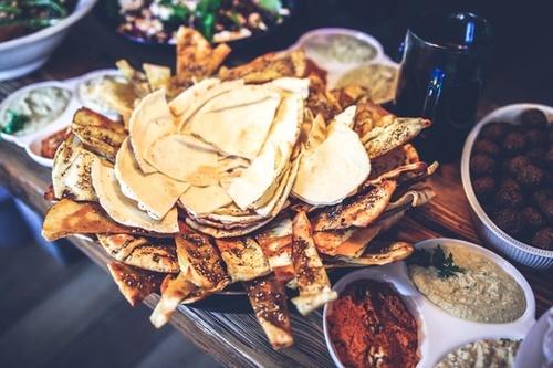 food-lunch-mexican-nachos-medium.jpg