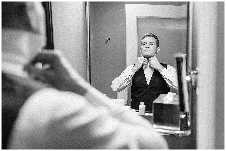 us-grant-hotel-groom-photography.jpg
