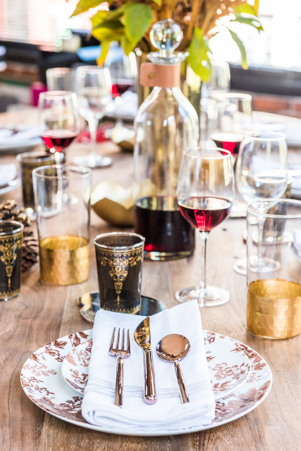 ATG stores holiday tabletop styling by the emerald studio-5.JPG