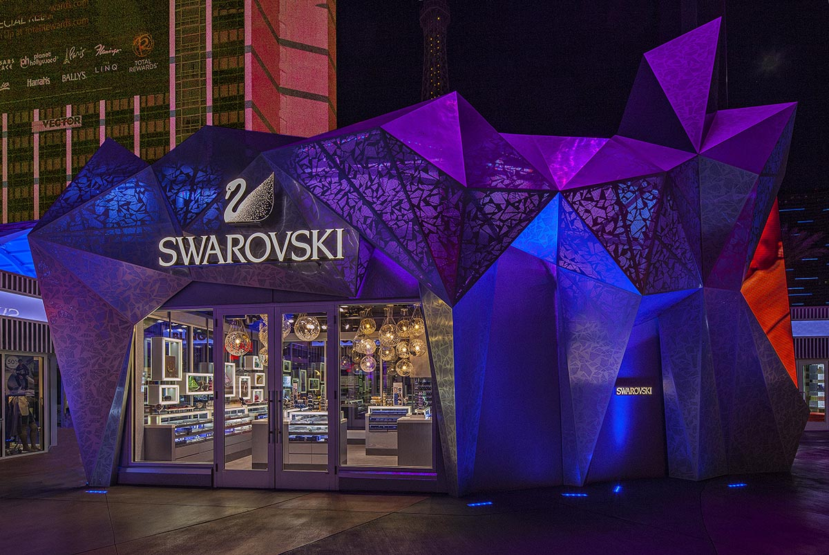Swarovski_Bally's_Bazaar-24x.jpg
