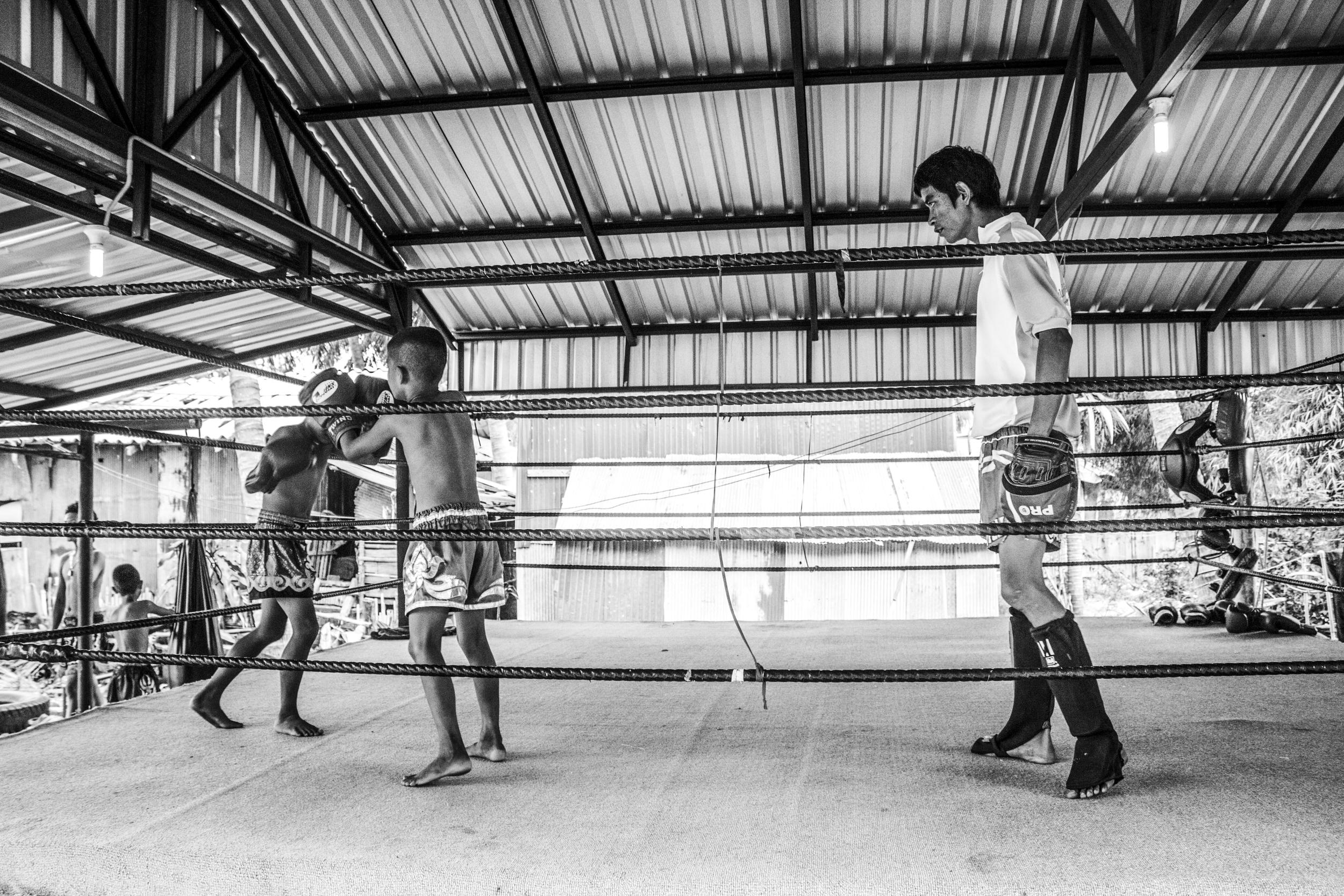 Watch & Learn (July 11, 2014 - Tha Sala, Thailand)