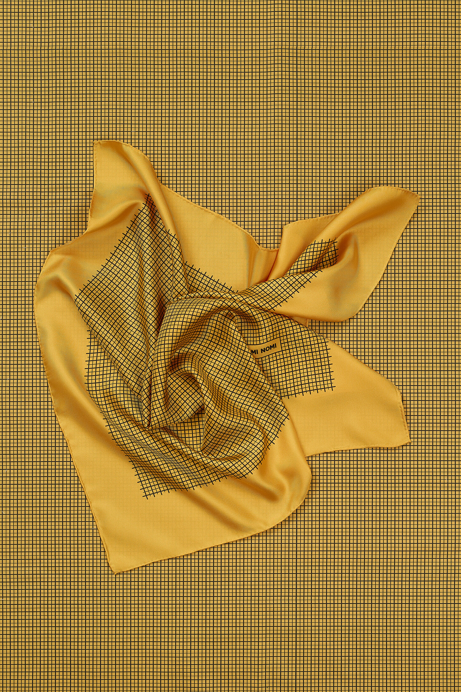 ROMER_NMishkin_2019Scarves-Yellow_021419-_405_Edit_Ext_Web.jpg