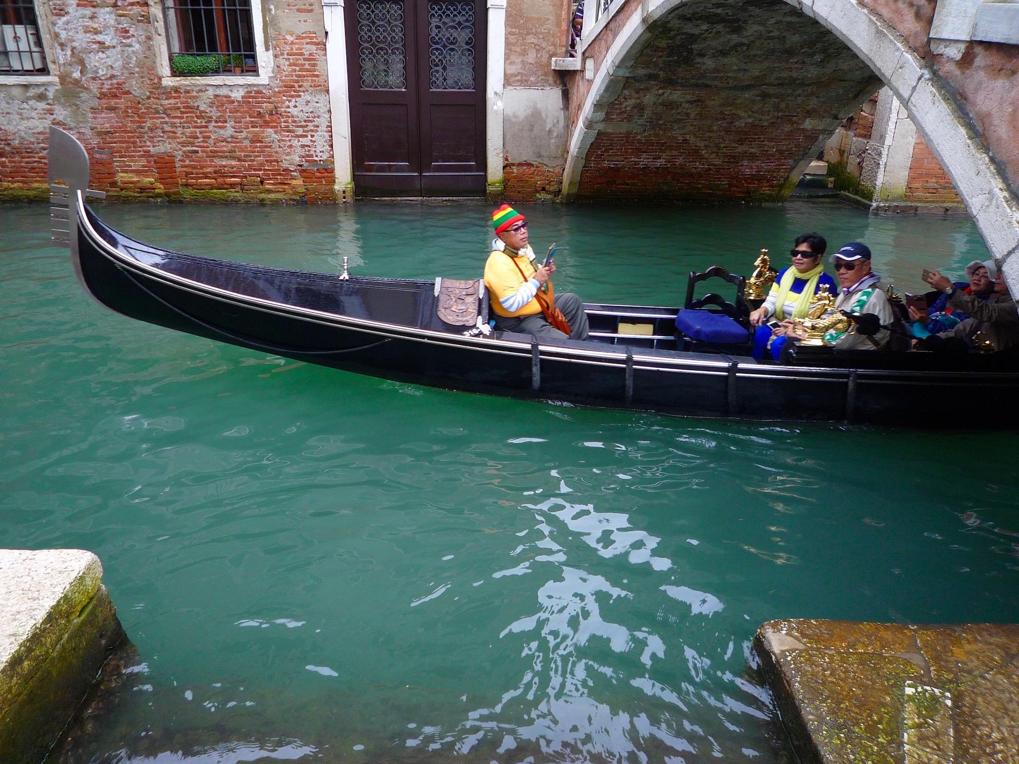 fig. c: gondola scene