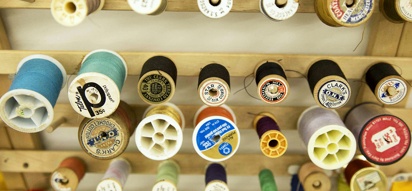 Quilting & Sewing Lessons    1 on 1 $35/hr 2 students $50/hr   4 students $100/hr   Do your stitching skills need some sprucing up? Gifted your grandmothers sewing machine and don't know how to use it? Give Cart Wheel a call. These sewing and quilting lessons are completely adaptable to your skill and interest level. Contact me with your project ideas and some desired available dates and we will getrollingon your new sewing skills.