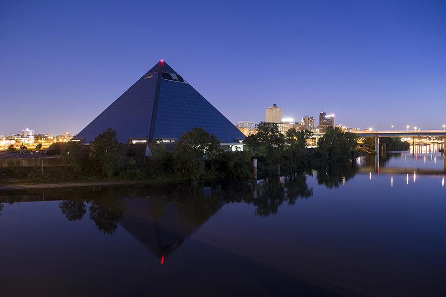 pyramidportrait01.jpg