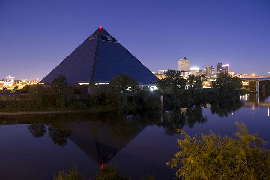 pyramidportrait02.jpg