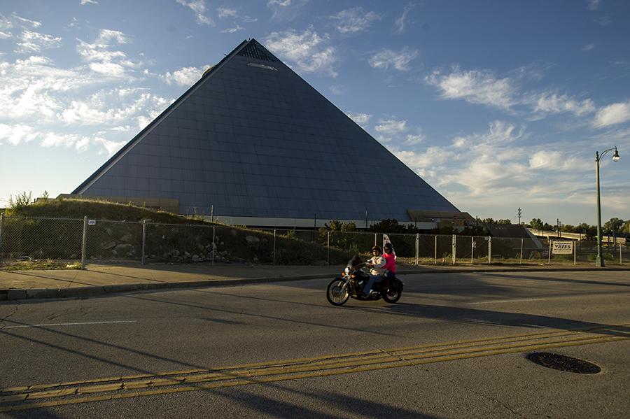 pyramidportrait04.jpg