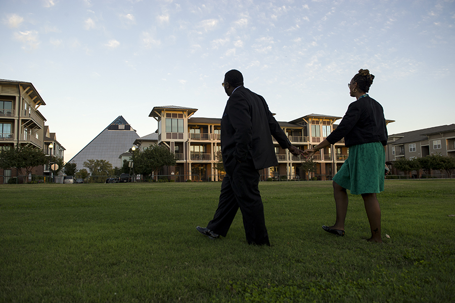 pyramidportrait05.jpg