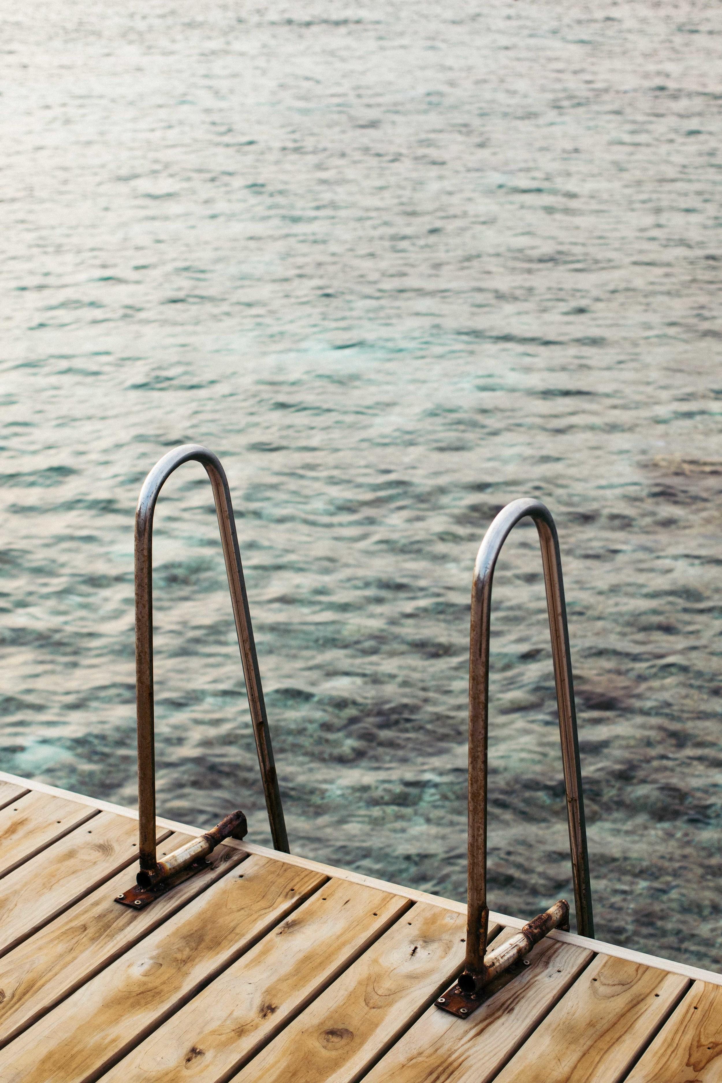 MALDIVES_CORONA_COCONUT COMRADERY_08.jpg