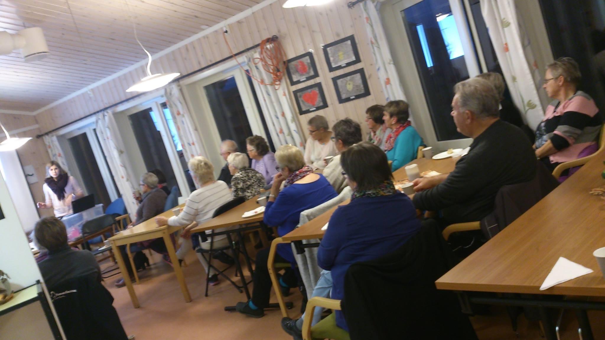 Leddet er ikke utslitt, det må brukes.Karin Magnusson snakket om artrose i regi av Drevsjø Sanitetsforening 5. okt.2015. www.forskerlivet.no