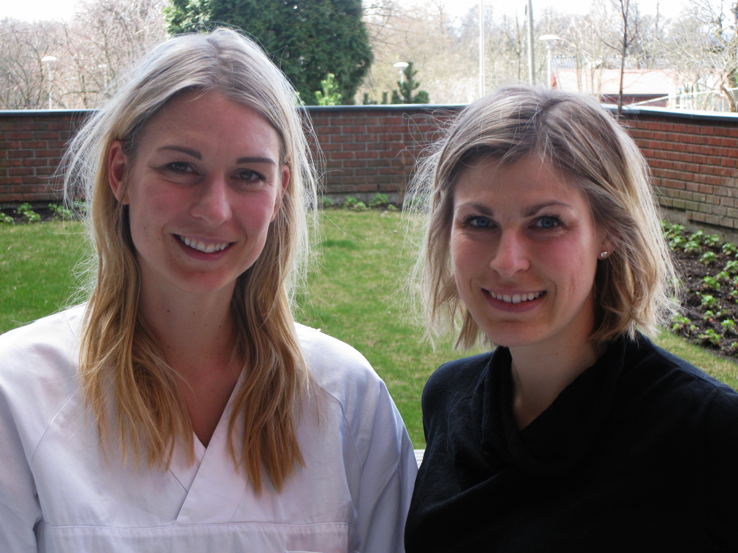Ida K. Haugen og Karin Magnusson er klare til å starte innsamlingen i Nor-Hand studien ved Diakonhjemmet sykehus 20. april 2016. www.forskerlivet.no