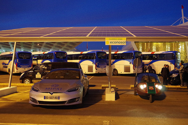 ombrière solaire - solar carport Econosol 22kW