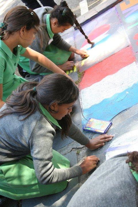 SA kids painting