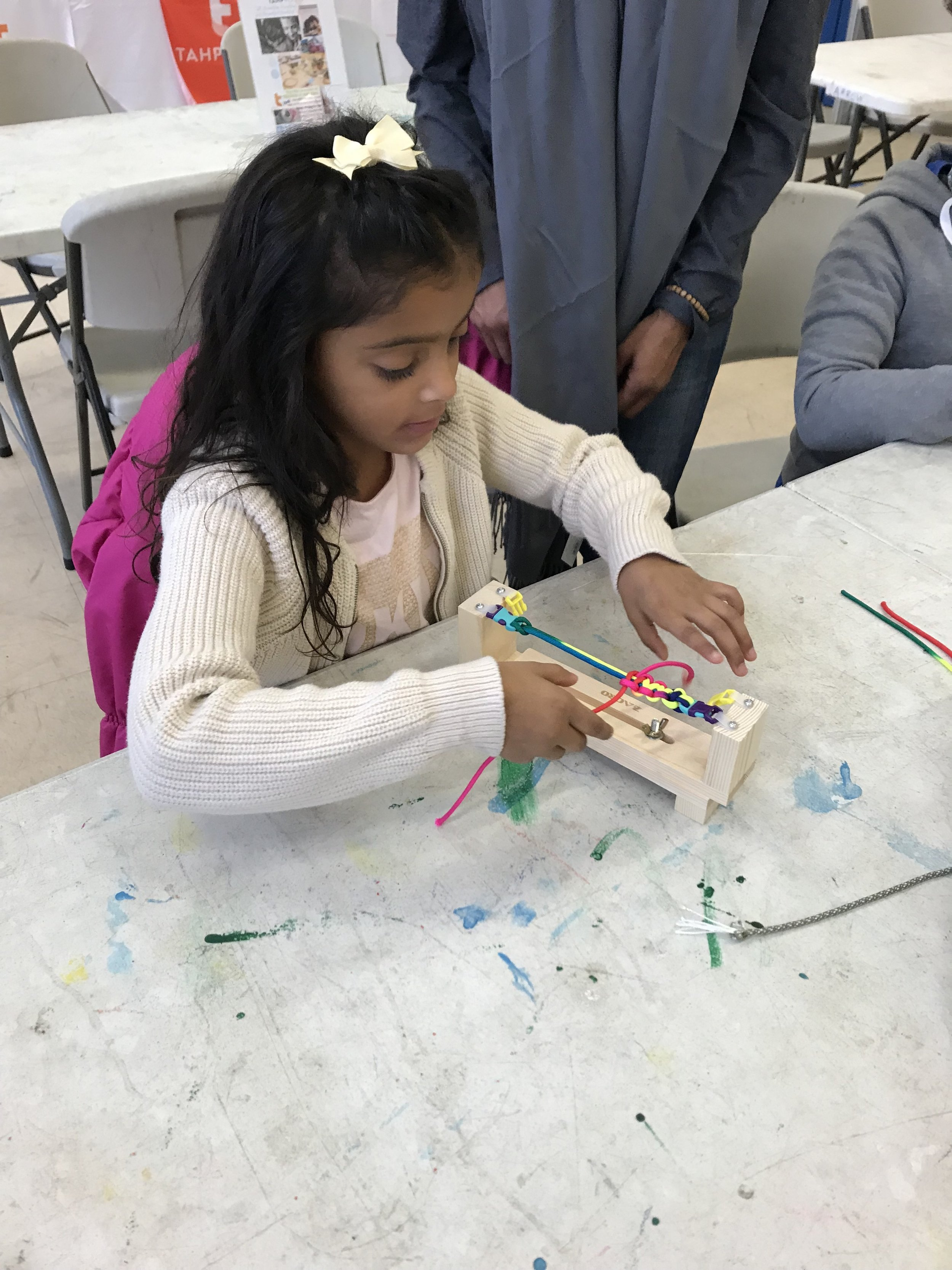 Learning the art of gifting thanks… - A.R.R.O.W. Community House in Astoria, Queens was the perfect venue to house community youth and enjoy a Sunday Funday in the art of gifting thanks. We made gratitude bracelets during the season of Thanksgiving. Kids and adults alike learned how to make a gift with their hands and not their wallets! Christmas was sure to be stylish and colorful for many!