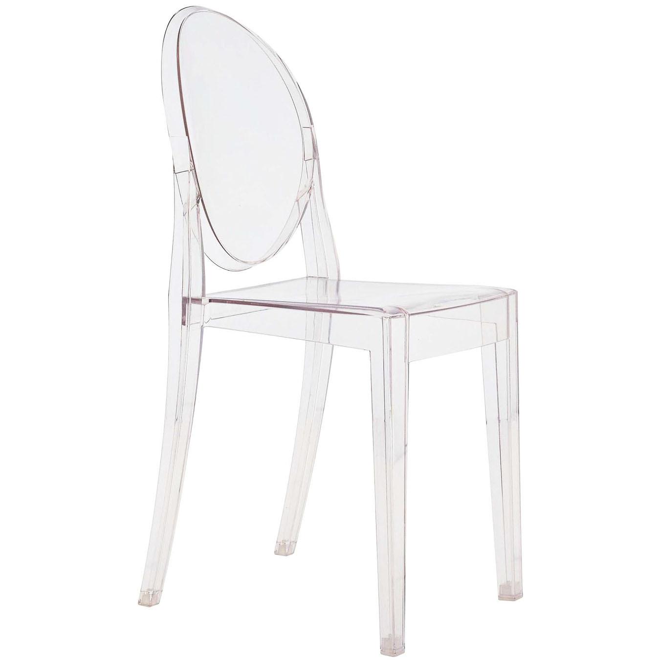 Victoria Ghost   Philippe Starck   Kartell  En stol med klassiska linjer. Ryggstödet har tagit sin runda form från antika medaljonger medan sitsen är geometrisk och rak. Den är stadig, bekväm och kan även stå ute. Materialet är transparent eller färgad poycarbonat. H: 89cm, SH: 46cm, B: 38cm, D: 52cm   Lagerstatus: I lager.