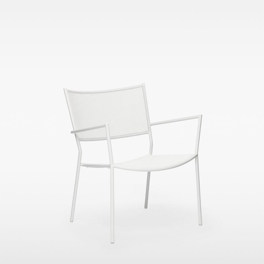 Jig Mesh Easy Chair Massproduction   Pulverlackerad vit metall W 63 cm, L 63 cm, H 76 cm , Sitthöjd 38 cm