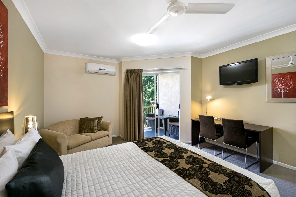 best-western-kimba-lodge-maryborough-hotel-motel-queen-room-overview-2.jpg
