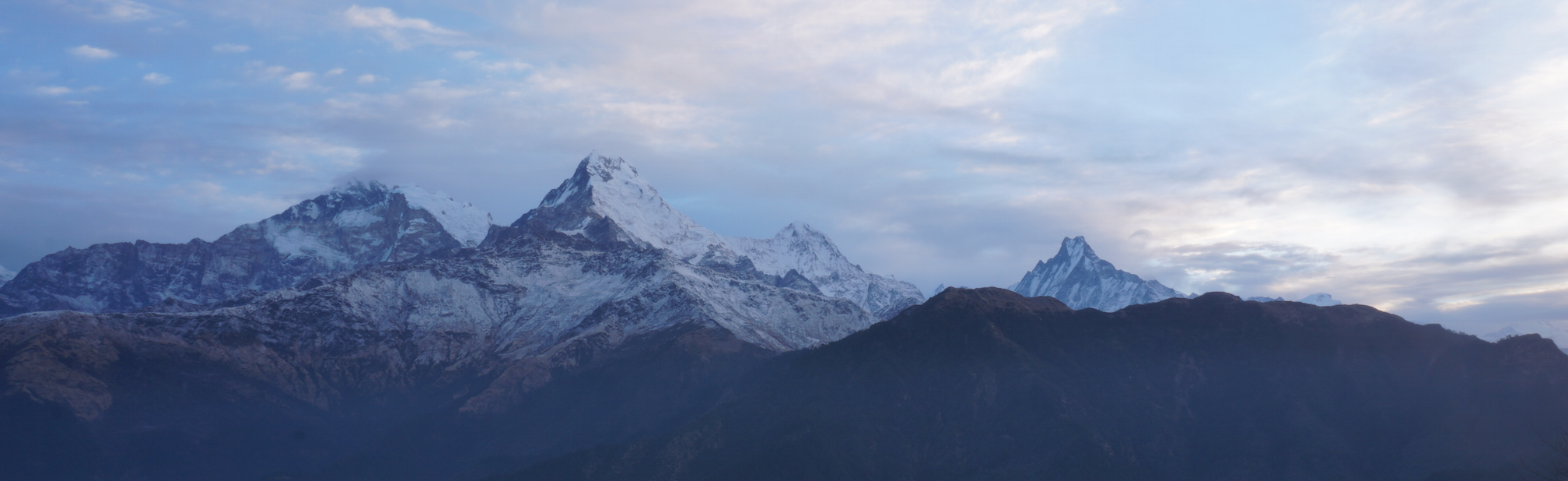 Les Annapurnas vu de Poon Hill, Népal. Mars 2017.