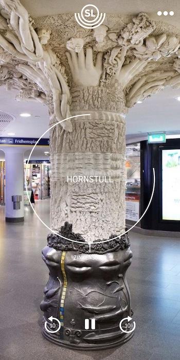 Telefonskärmens utseende när en audiotour på Hornstulls station spelas.  Källa: SL Art Guide(2019)