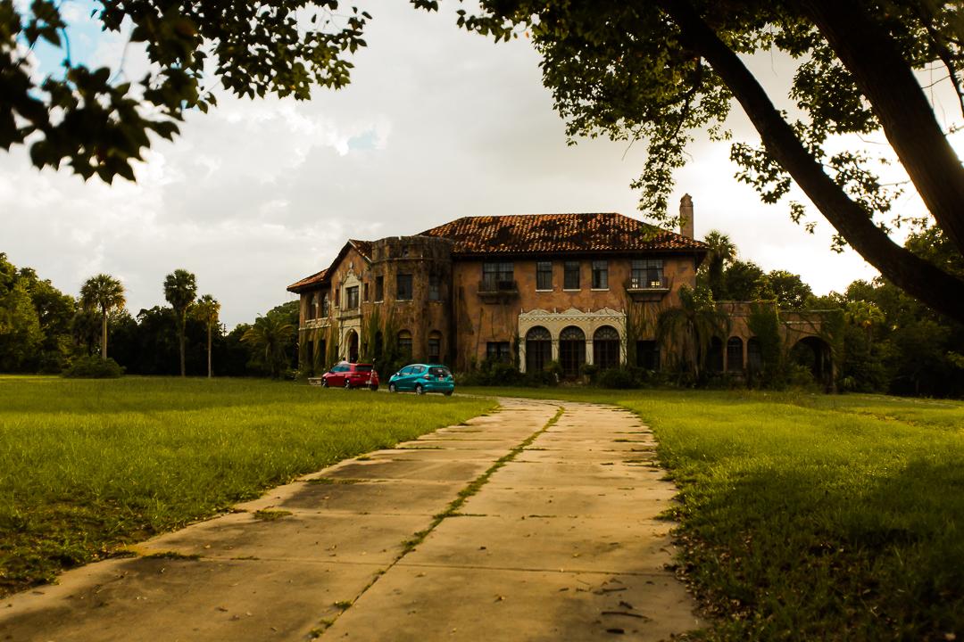 Howey House Driveway