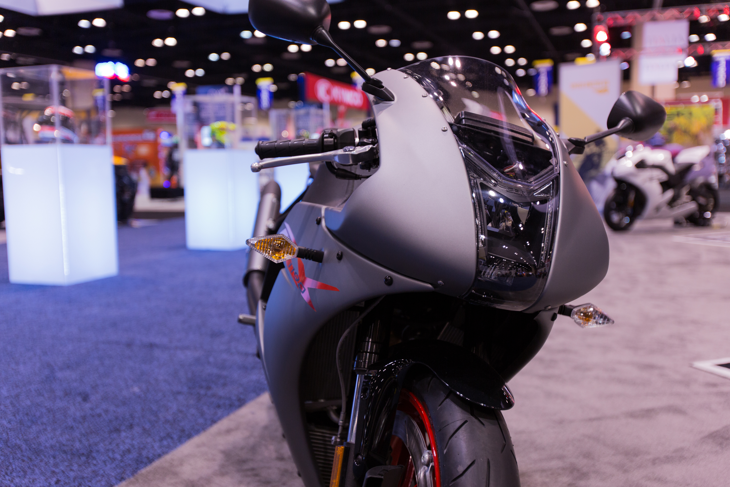 AIM Expo - Buell 1190 RX Front