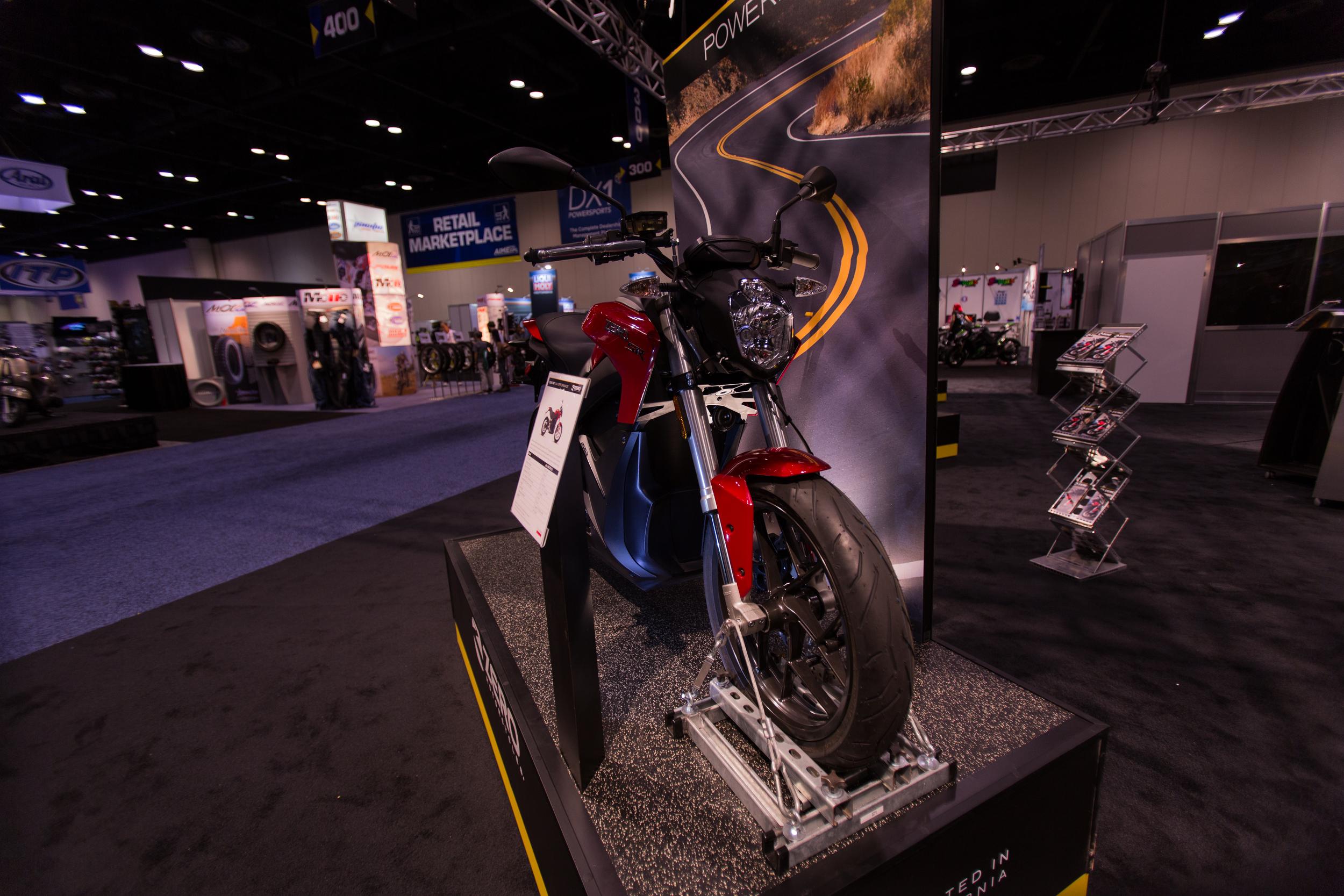 AIM Expo - Zero Display
