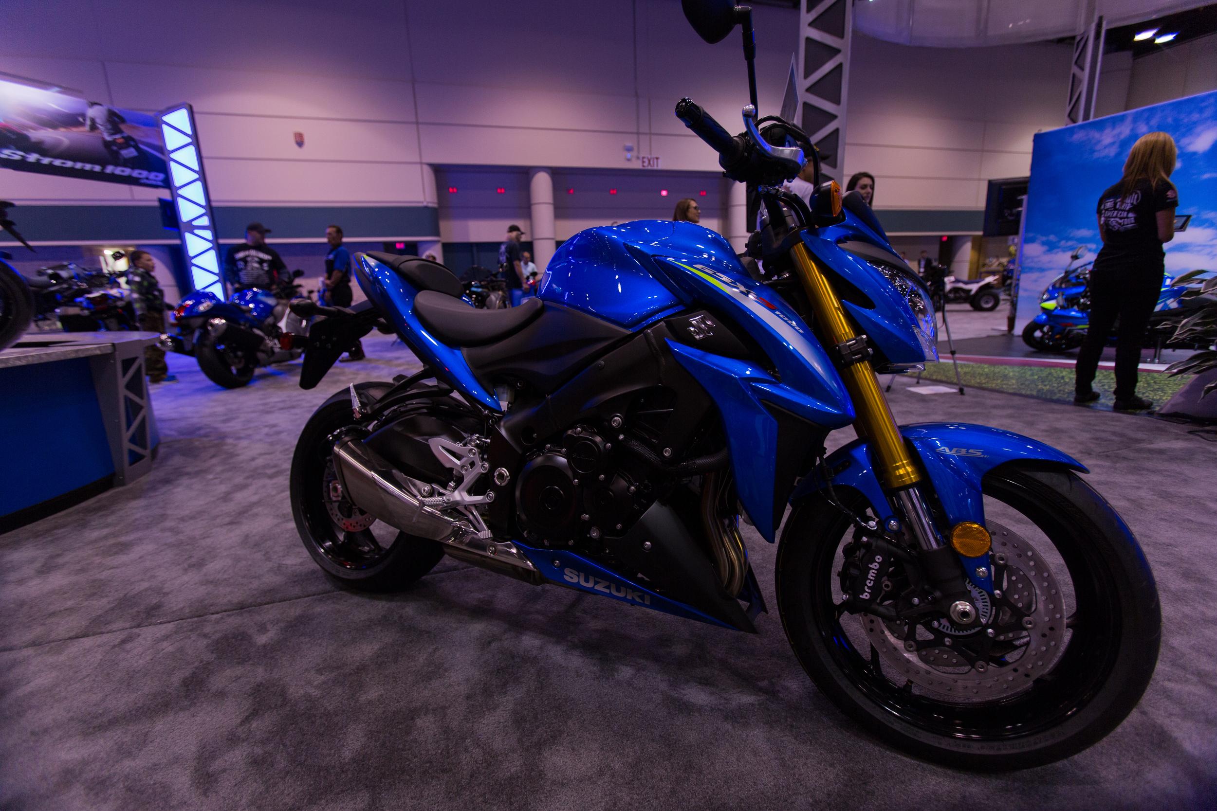 AIM Expo - Suzuki GSR 1000