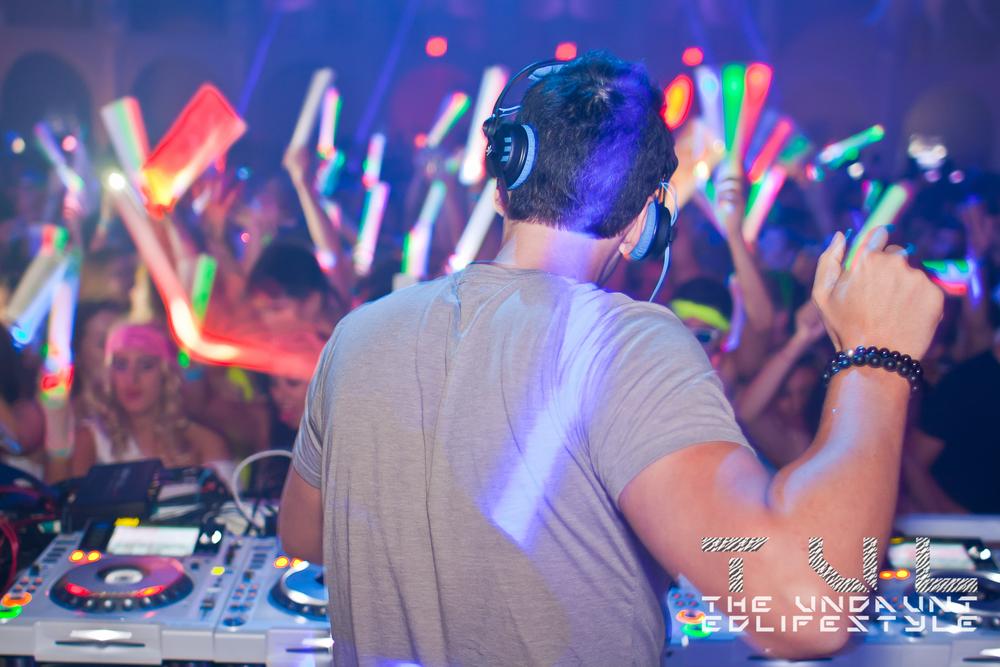 Nightclub07.jpg
