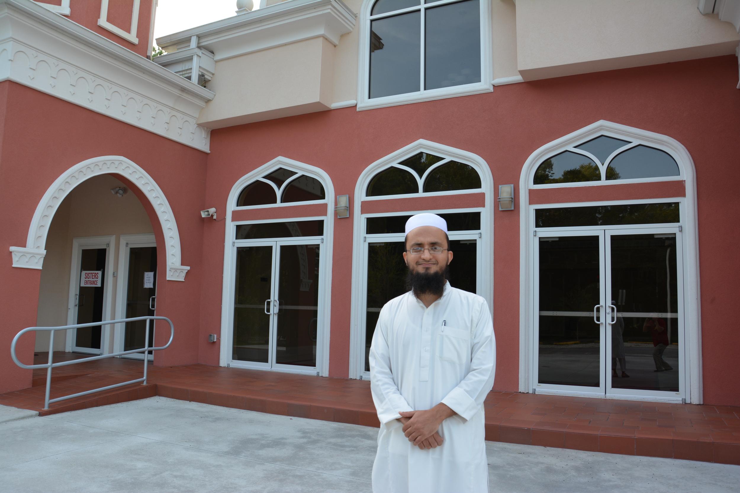 Imam Junaid Khan at the New Tampa Masjid (Daarus Salaam)