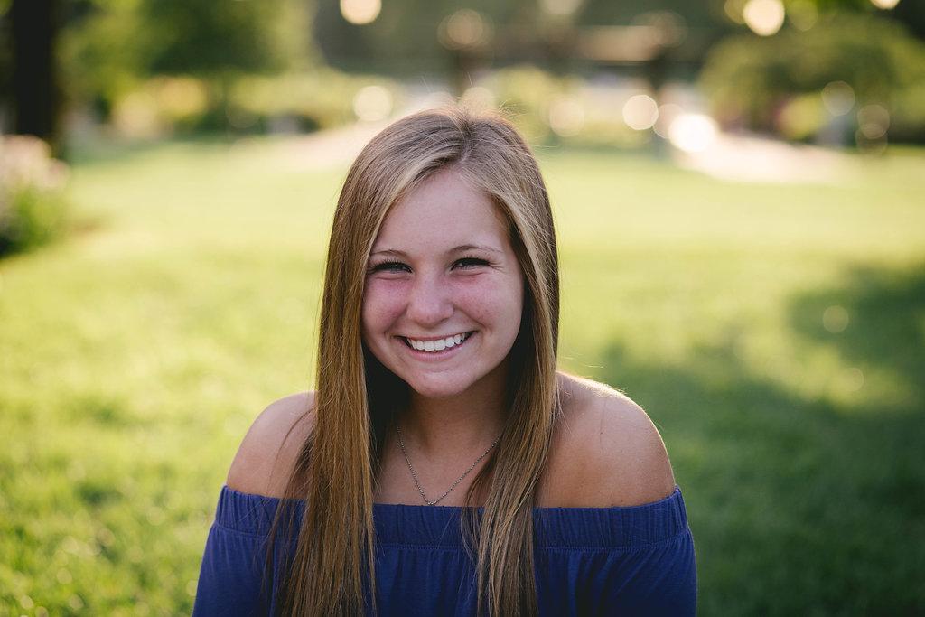 Hannah,Senior-133.jpg