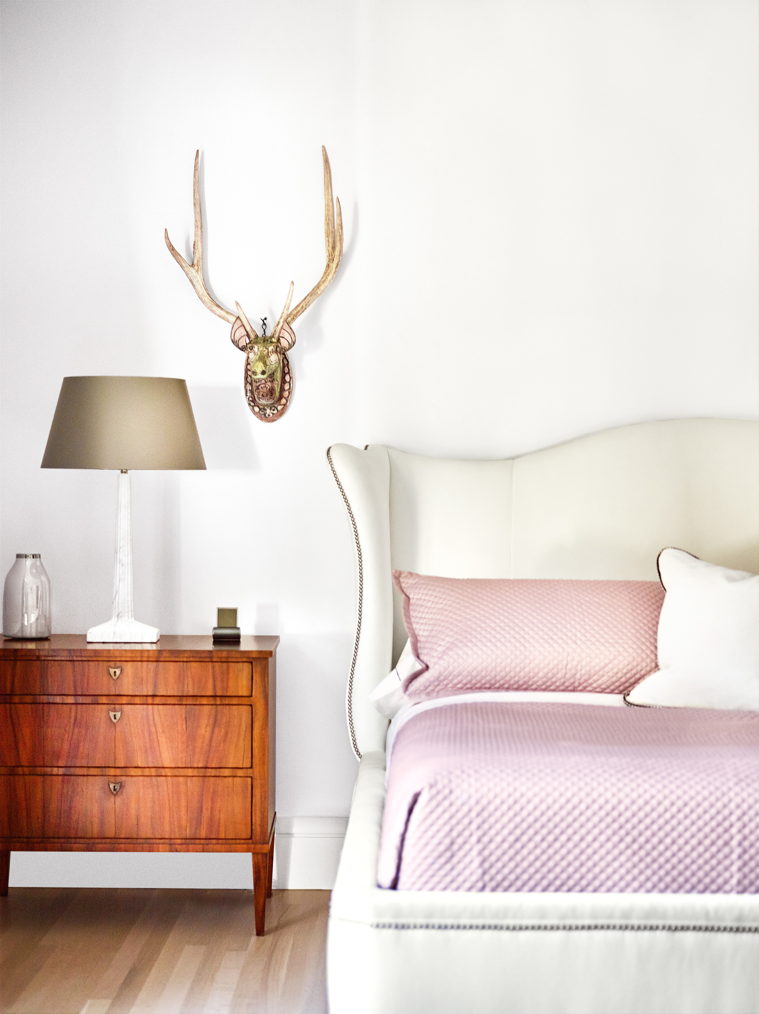 109 Westhampton Guest Bedroom.jpg