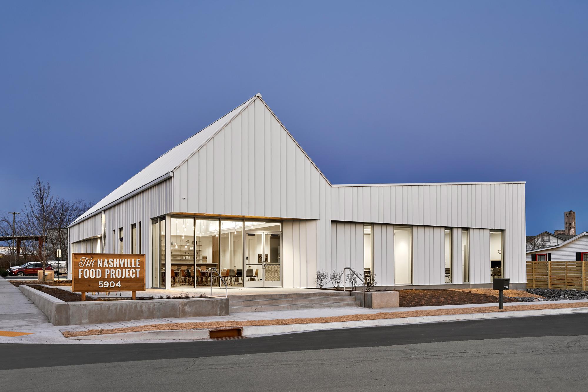 Architectural-Photograph-of-The-Nashville-Food-Project-in-Nashville-Tennessee-by-Architectural-Photographer-Nick-McGinn-6.web.jpg