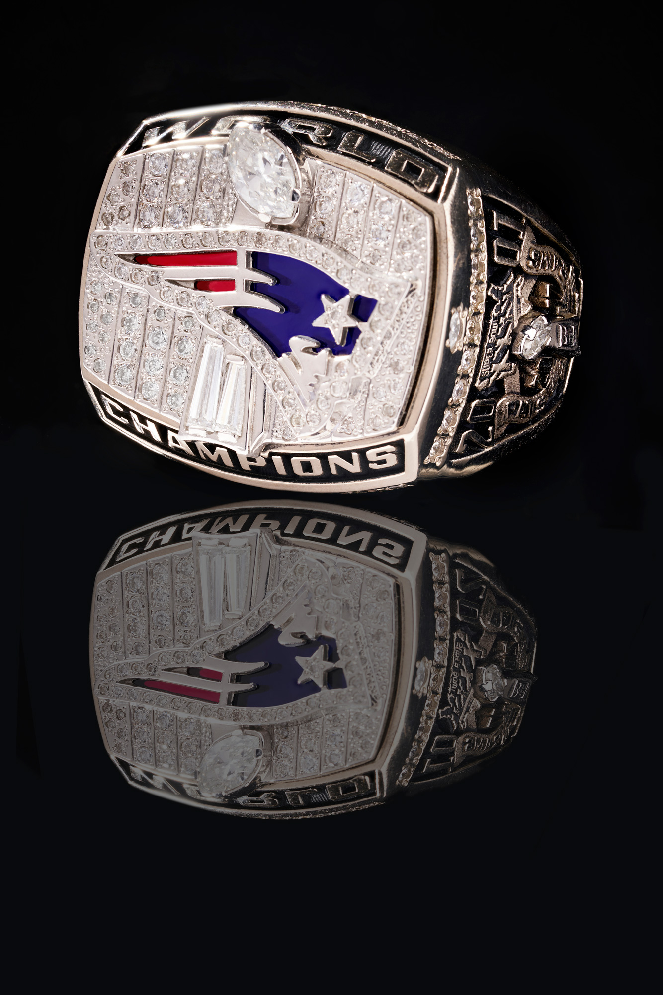 Product-Photograph-of-Super-Bowl-Rings-by-Architectural,-Interior,-and-Product-Photographer-Nick-McGinn-5.web.jpg
