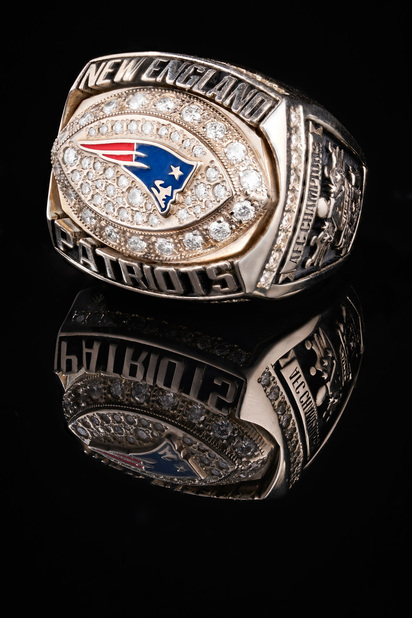 Product-Photograph-of-Super-Bowl-Rings-by-Architectural,-Interior,-and-Product-Photographer-Nick-McGinn-4.web.jpg