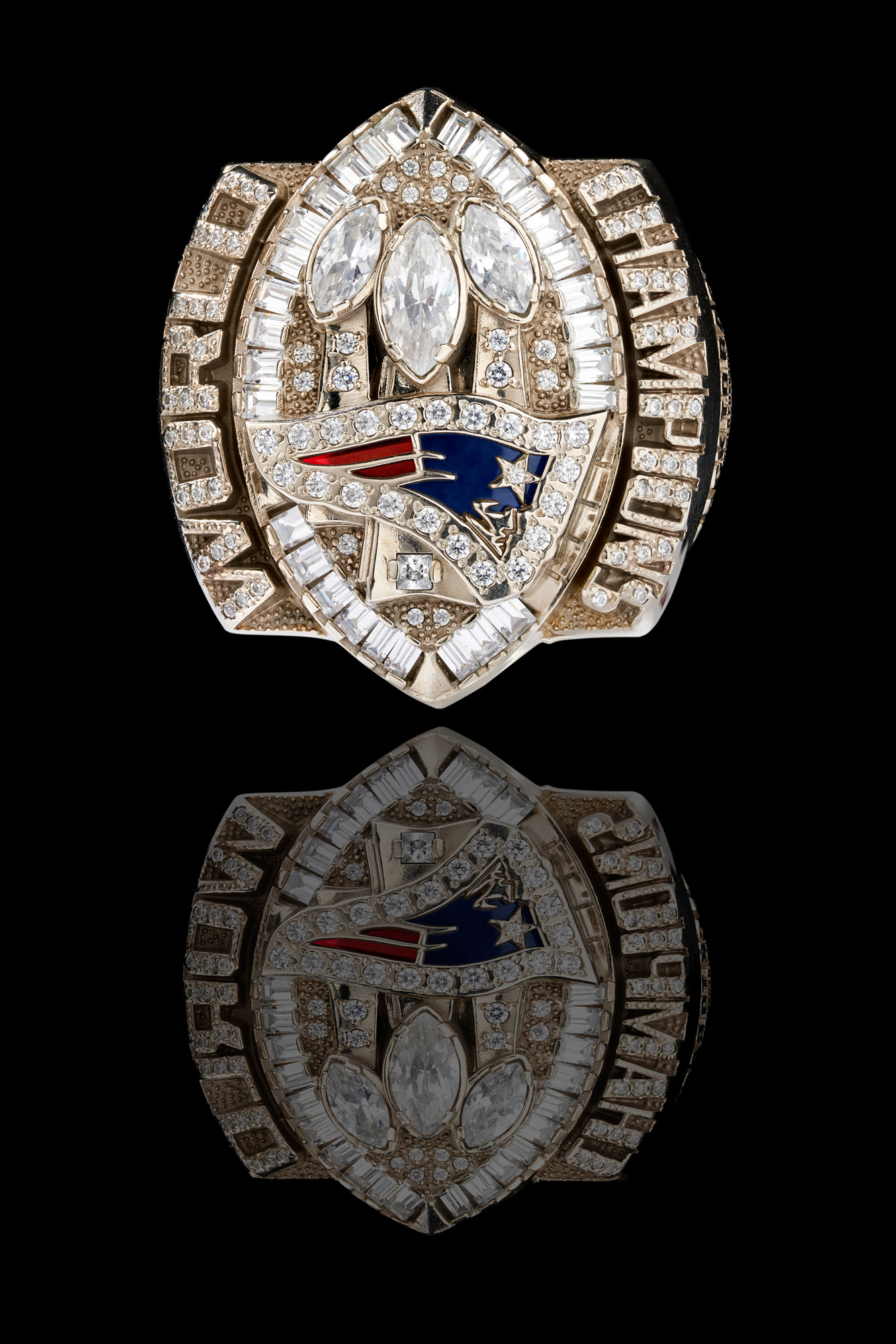 Product-Photograph-of-Super-Bowl-Rings-by-Architectural,-Interior,-and-Product-Photographer-Nick-McGinn-3.web.jpg