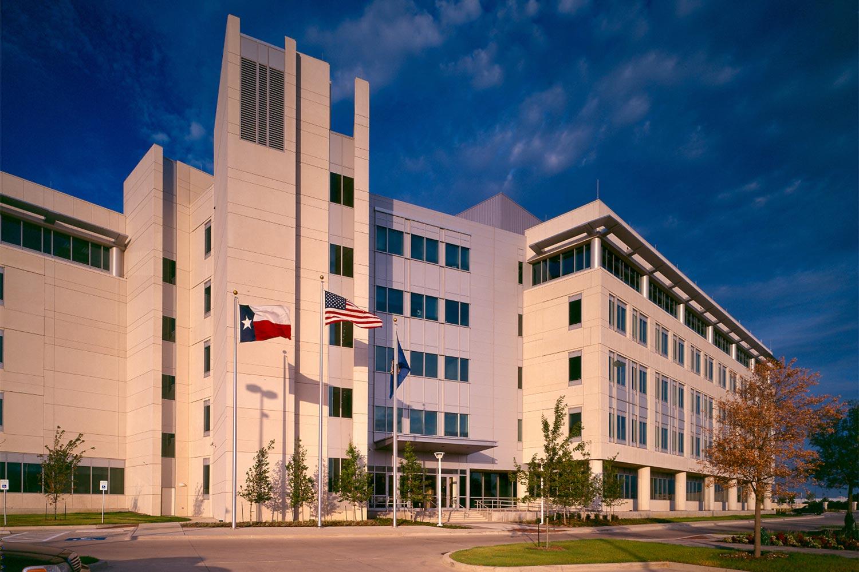 Projects_1500_FBI-Dallas_03.jpg