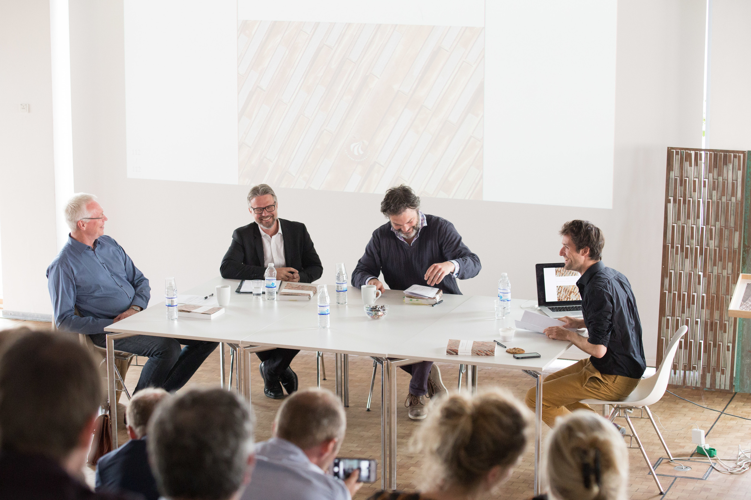 Isak has defended his PhD thesis 'Environmental Tectonics - Matter Based Architectural Computation' in the Utzon Center auditorium through an engaging and inspiring discussion with the assessment committee.