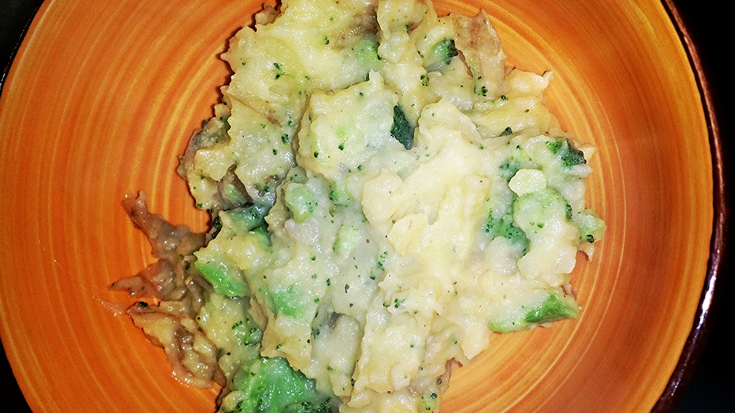 Completed Broccoli and Cheese Mashed Potatoes