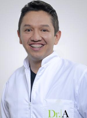 Dr. Leonel Patiño