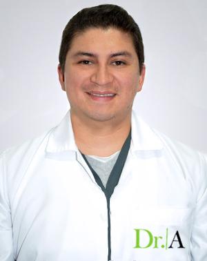 Dr. Cesar Freddy Torres Vega
