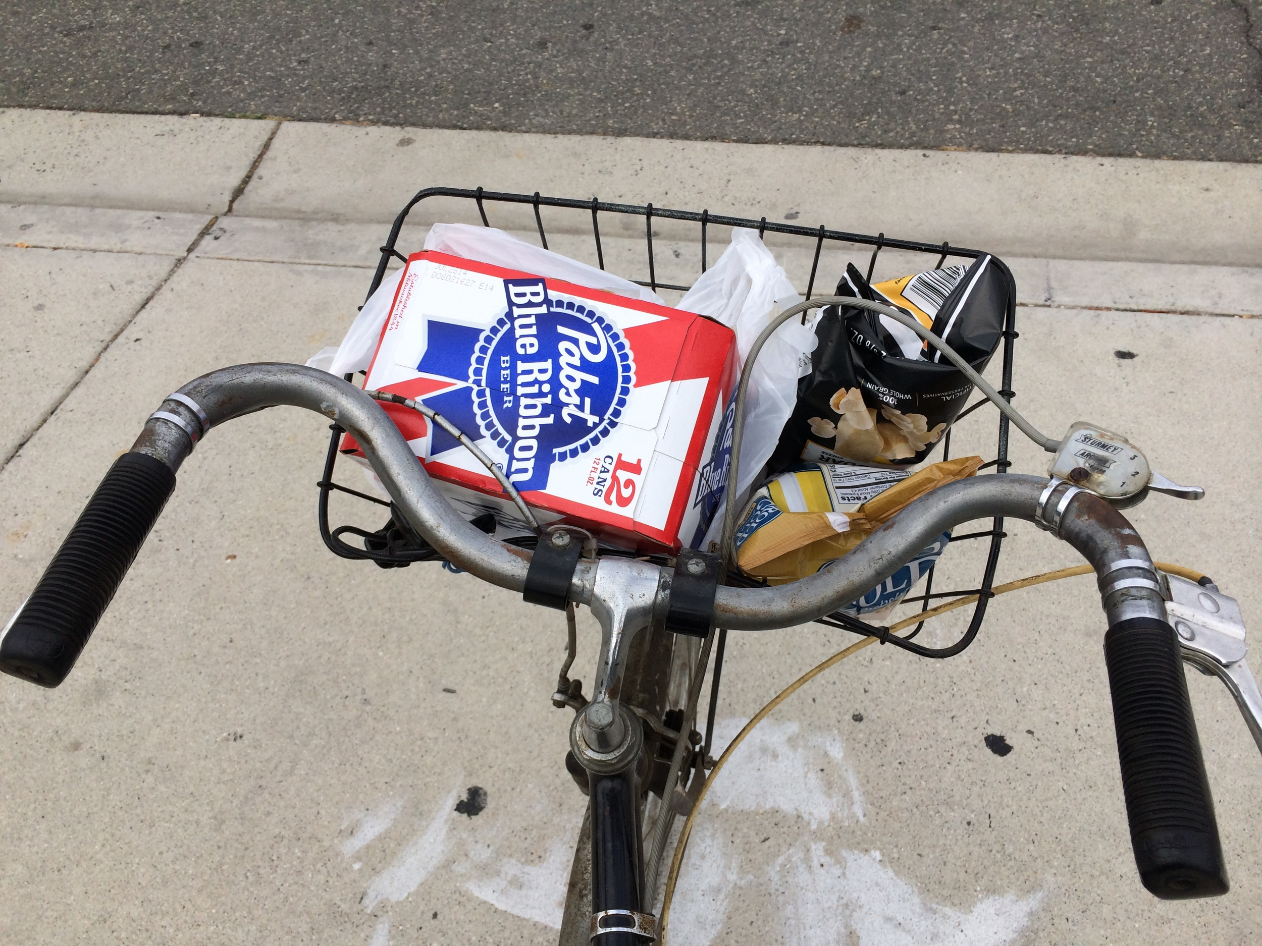 Pabst bike run to Abe's