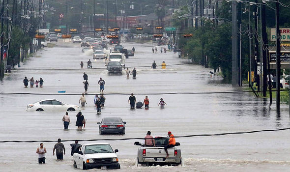 Hurricane-Harvey-path-2017-update-846909.jpg